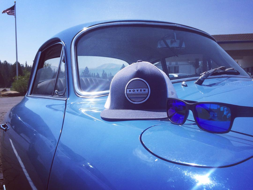 Blue on blue on blue on blue #whatsyourvision #hovenvision #alwayssunblocking #neverfunblocking #justbusylivin #porsche #64 #mosteez #snapback #america #saturdaysarefortheboys
