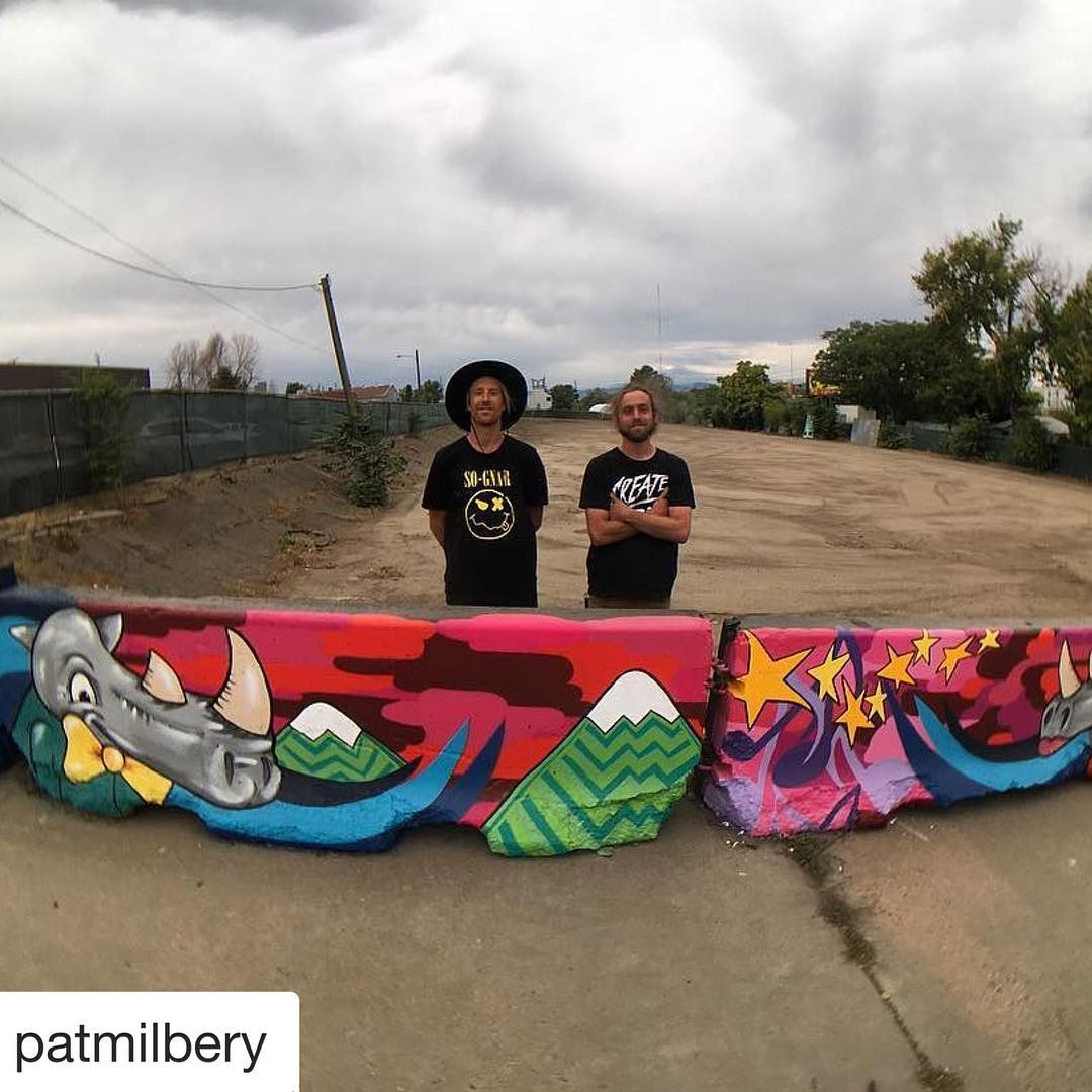 #Repost @patmilbery with @repostapp ・・・ ⚡️New ⚡️Jersey Barrier Rino ❤️ Scene mural complete for the entrance gate of the Rino Music Fest coming up with Friday!! @pat.mckinney & I had some fun creating this together w/ @kobrapaint , the festival site is...