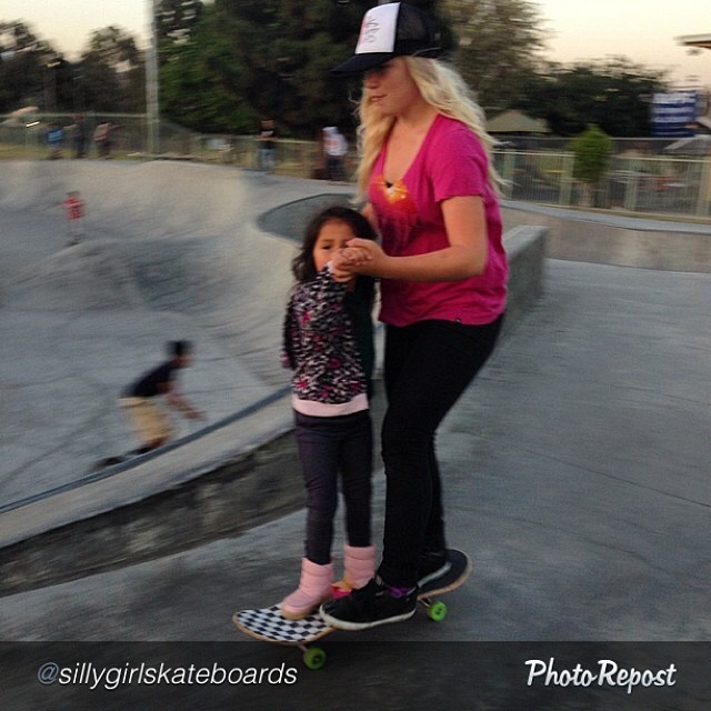 "Do you remember your first skate? How old were you? by @sillygirlskateboards ""Yeah, this happened this evening, boots and all #myfirstskateboardride #skateboardqueen #sillygirlskateboards @sarahshreds"" #skate #skateboarding #skateboard #skatelife #hooked"