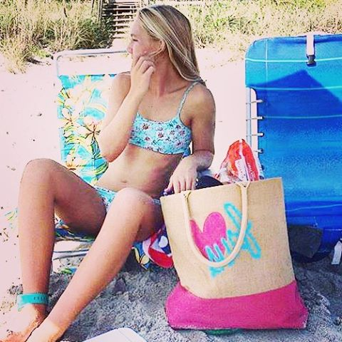 Beach chillin! #totebag #beachbag #luvsurf #beachday #blondie