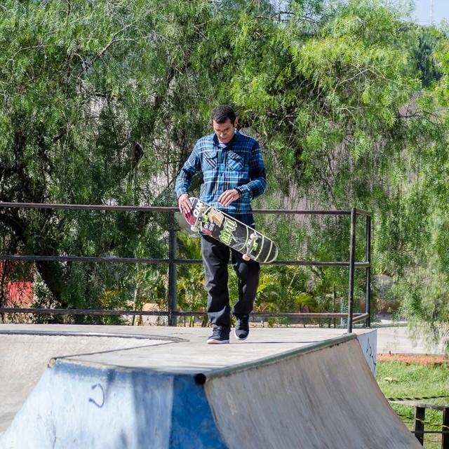 @marcoscunharibeiro no style pra sessão da semana. #qix #qixskate #skateboardminhavida #skate Foto: Giovanni Sacco