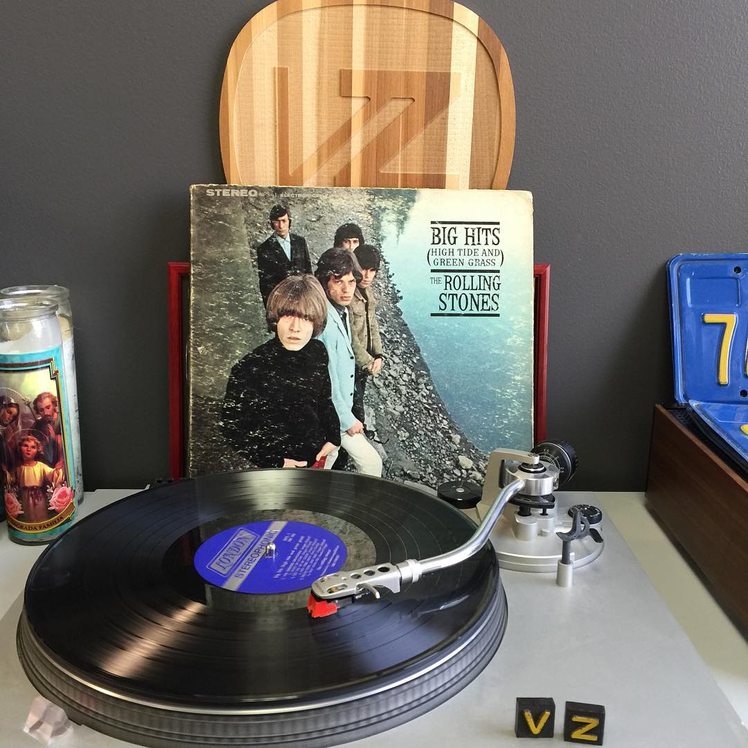 It's #TurntableTuesday and we are jamming the #RollingStones today. Don't play with us cause you're playing with fiyaaaa