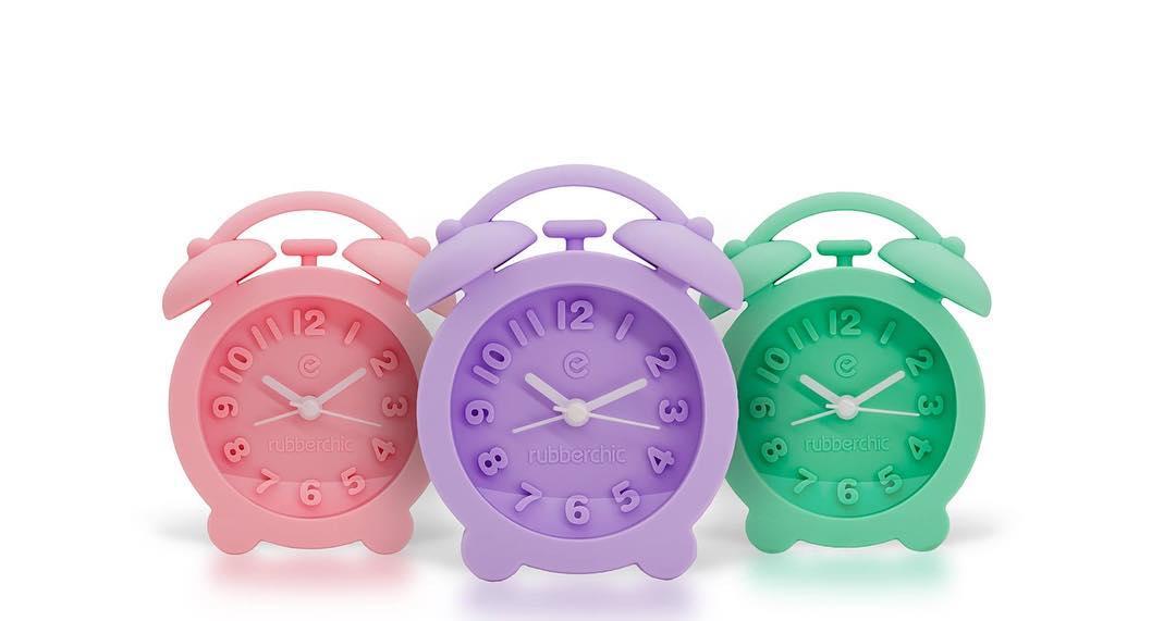 Nuevos colores para esta divertida linea de despertadores Rubberchic!! Pedilos en tu punto de venta más cercano o compralos Online en nuestra web. #ItsRubberTime #WakeUp #Soft #Violet #Pink #Green