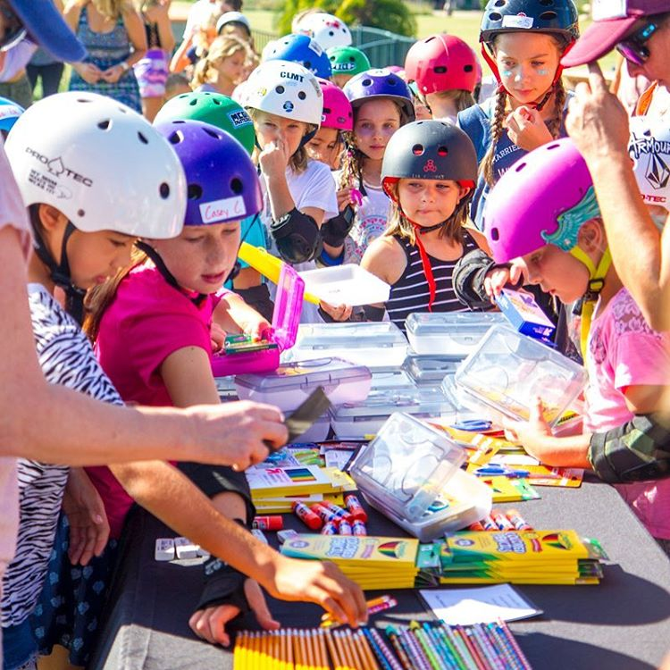 We are excited to launch EXPOSURE's new program @skaterising which teaches girls compassion and self-confidence through community service and peer-to-peer skateboarding clinics. In this photo by @lomilphoto , you can see the girls making school supply...