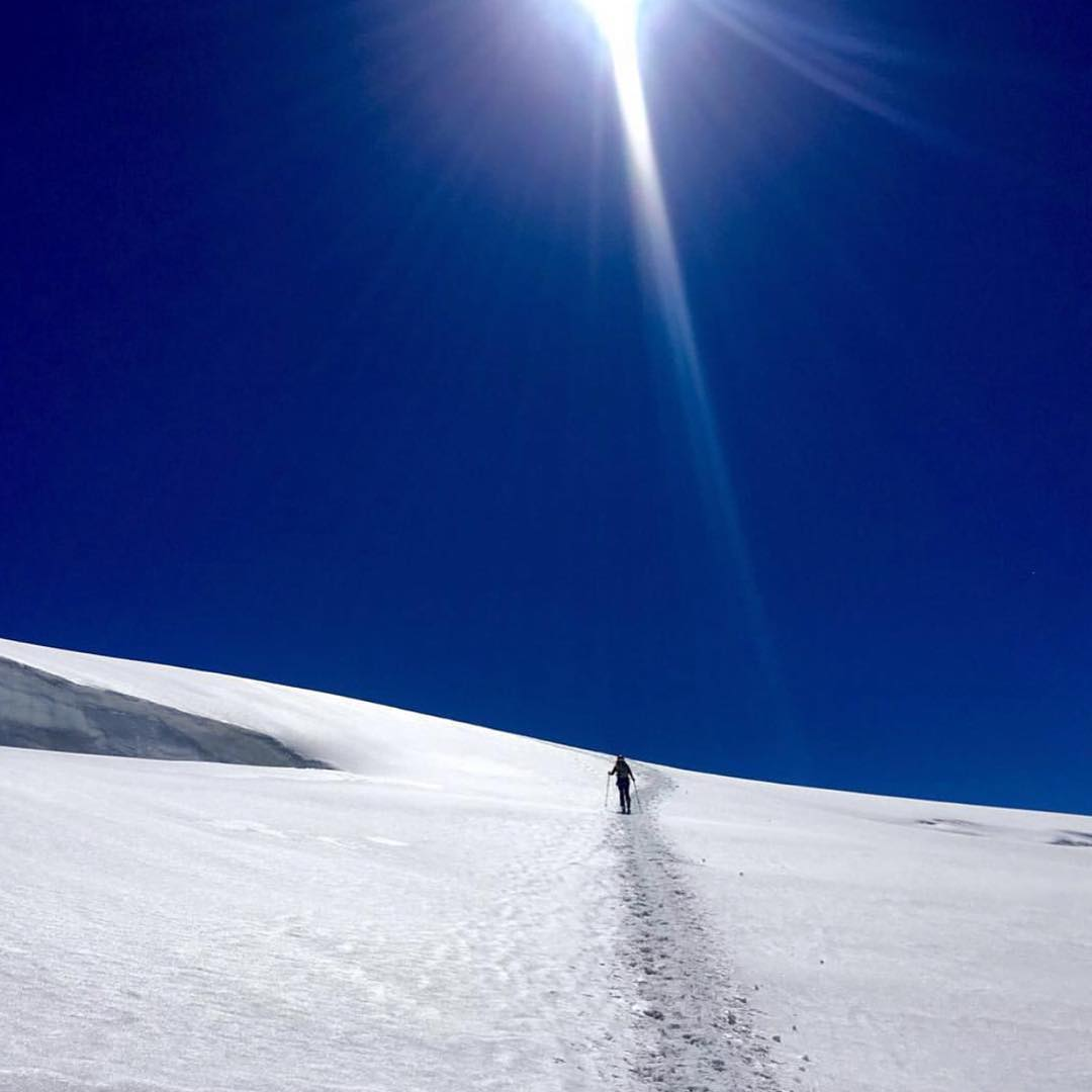 Stairway to heaven. #regram from @defyinggravityadventures #monterosa #getoutside #shejumps