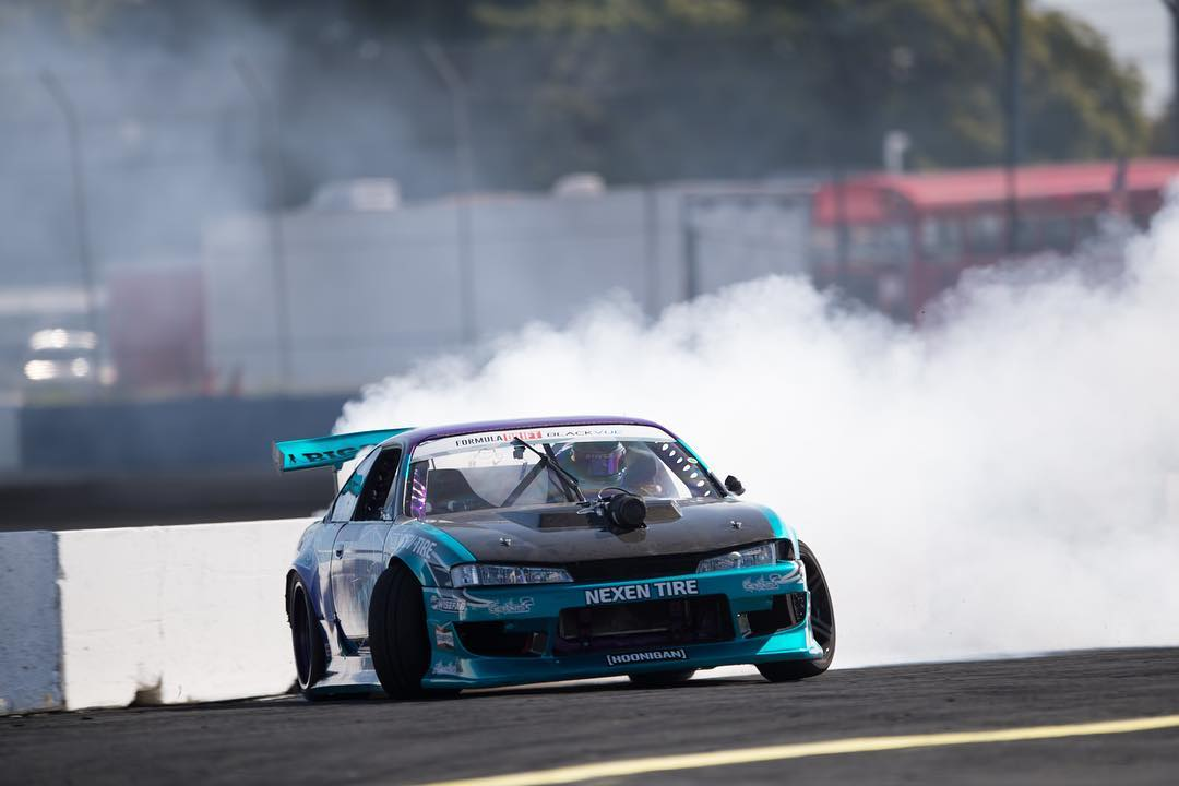 This #wallwednesday is brought to you by our homie @alechohnadell in his s14 powered by a LS with that blower popping through the hood! #killalltires photo by @larry_chen_foto
