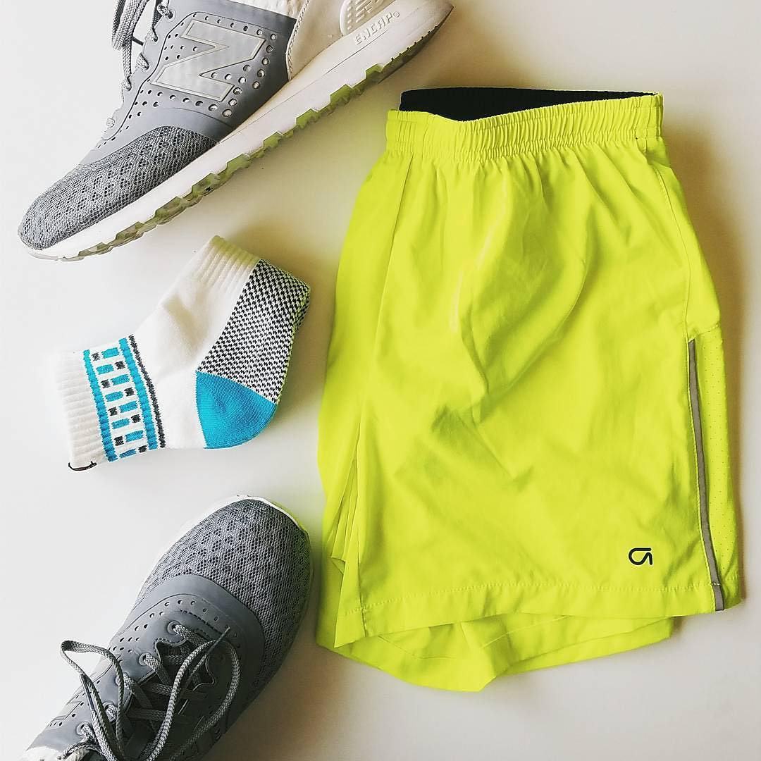 Hitting the #gym in style with @brickandvine #exercise #activewear #athleisure #workout #newbalance
