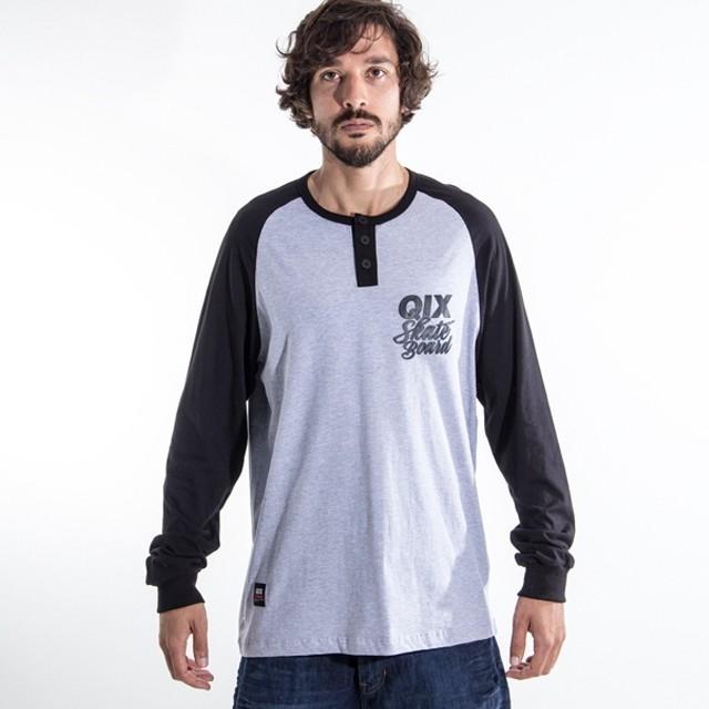 E aí, já escolheu a peita pro rolê de hoje? Camiseta Raglan Manga Longa - LOJAQIX.COM.BR #qix #qixskate #streetwear