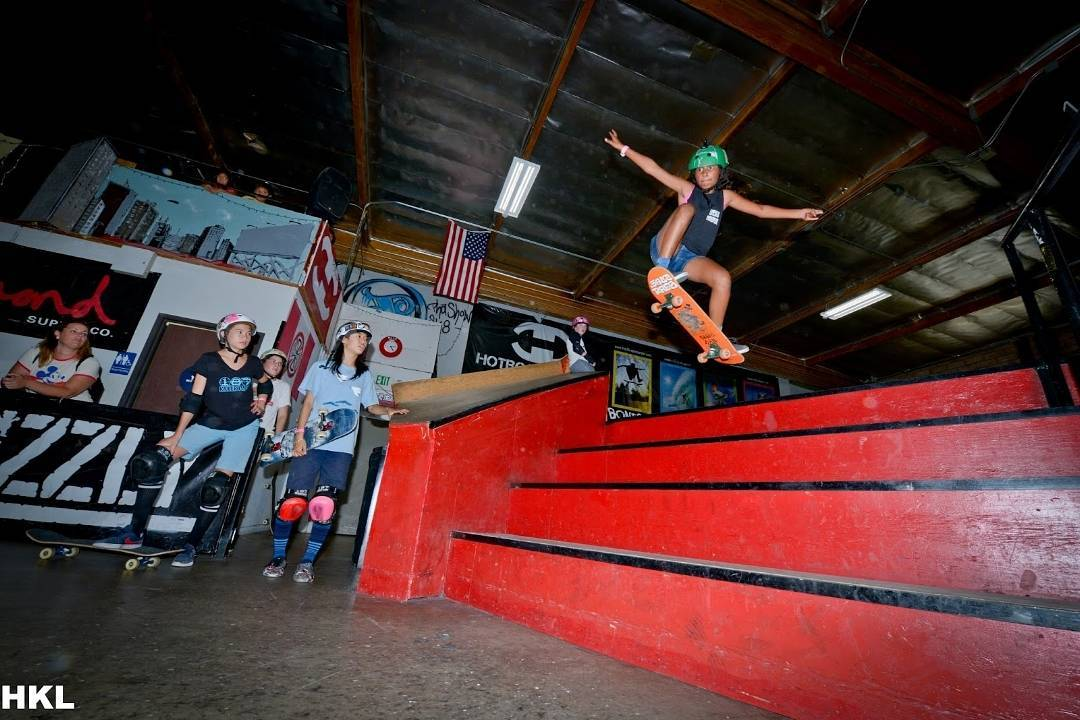 "This image captured last Saturday by @heidi_lemmon when the @poseidenfoundation & @lagirlsskatesesh hosted an open girls skate sesh and competition at L.A.'s @theskatehouse ! ""Girls were pushing one another to do harder and harder tricks and were..."