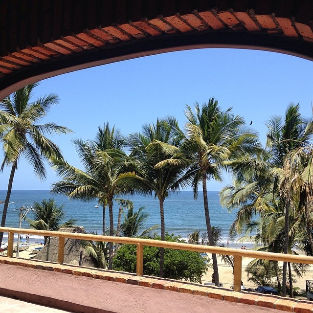 I've arrived in heaven - view from the casa #sayulita #mexico #girlstrip #beach #funinthesun #surfing #surfinsafai #stoked