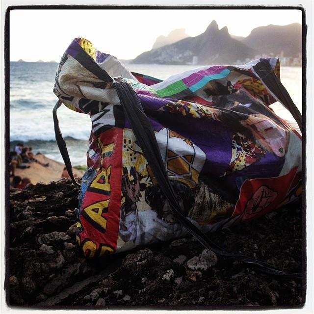 #monkeybag #riodejaneiro #tyvek #brasil @monkeywallets