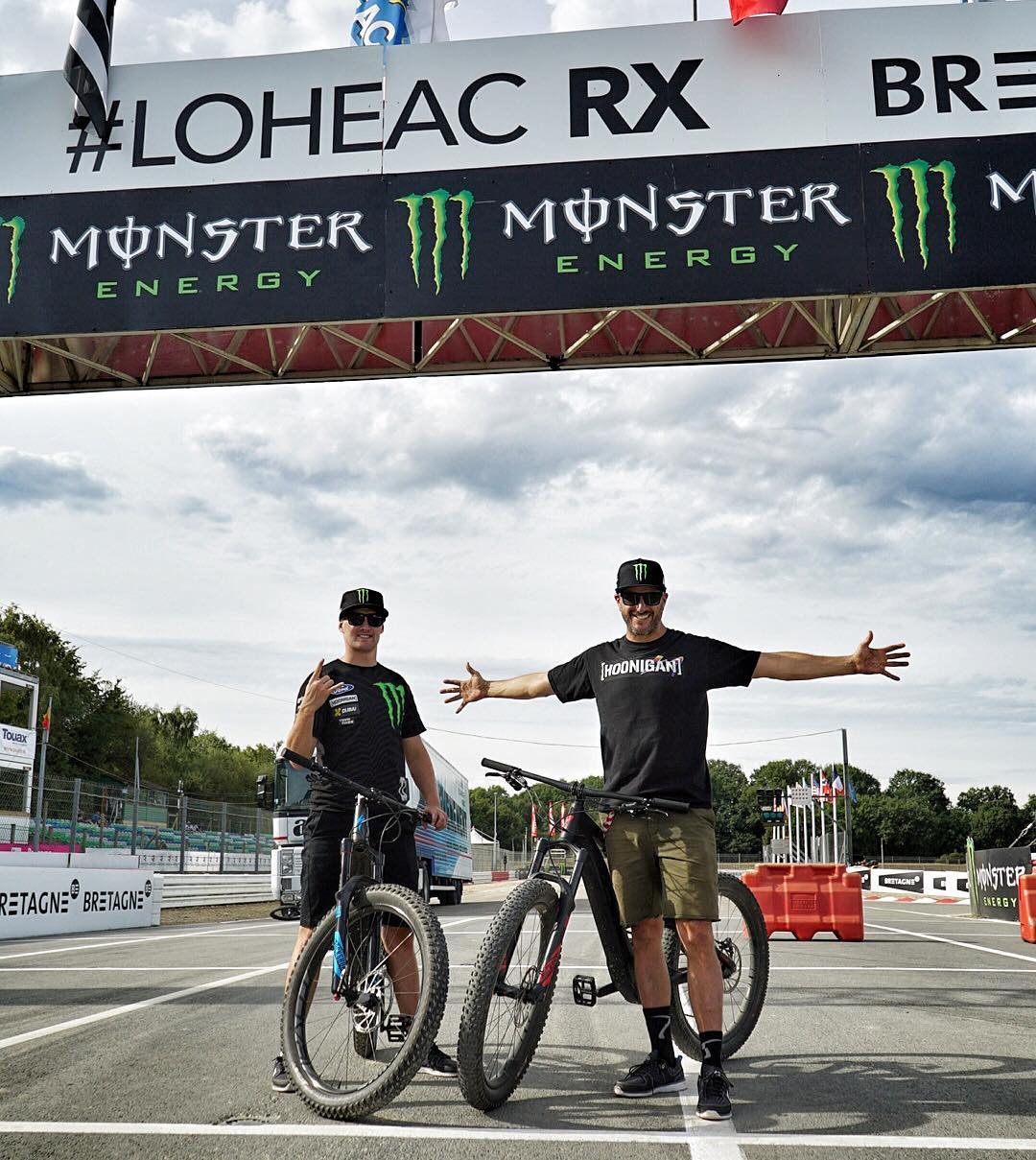 Track 'walk' (via these dope Specialized E-Levo bikes) done here at #LoheacRX with my Hoonigan Racing teammate @AndreasBakkerud. Stoked to race here again this weekend - and hopefully beat my current lap record! #LoheacRX #ouioui