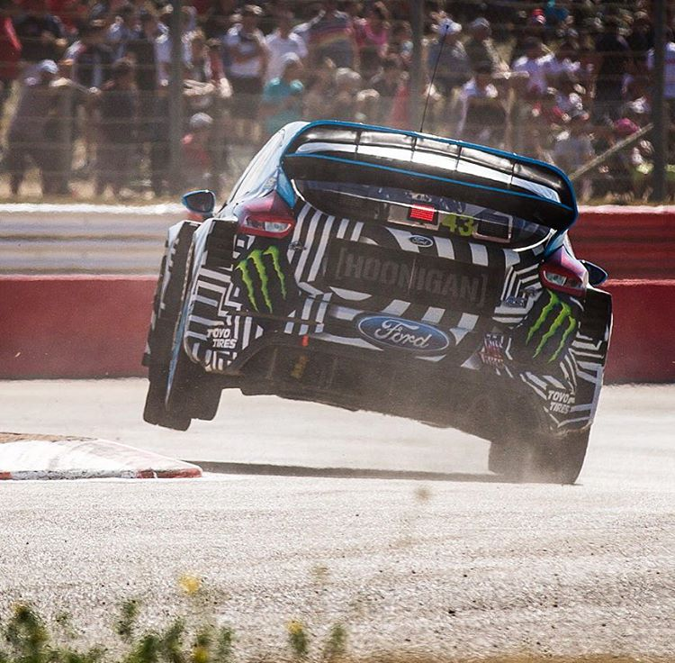 Two wheelin' off of the curb in the joker lap during practice here at #LoheacRX. Because race line. #curbslap #oldschoolDTMsteez #FocusRSRX #FordRallyX