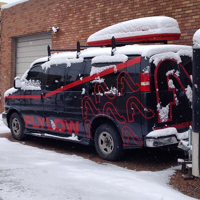 Happy #mondaymorning from #flylowhq. Who else got snow? #stillsnowin #wintercontinues