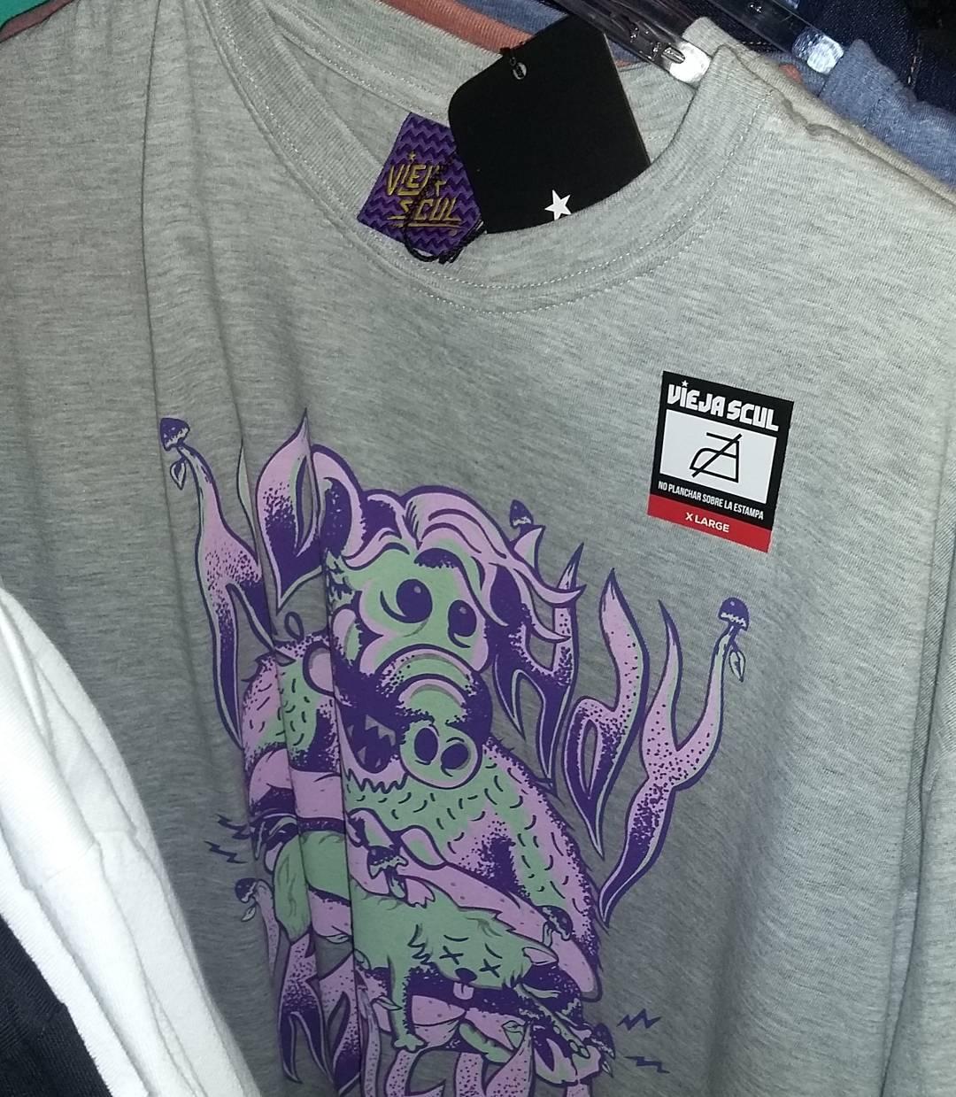 Ya podes conseguir lo nuevo de  #ViejaScul en Beat Boutique - San Telmo, CABA. #Alf #illustration #new #tees #summer #verano #tshirt #Shirt #dibujo #ilustración #diseño #tipografia #serigrafía #original #clothes #Store #skateshop #vscocam #instapic...