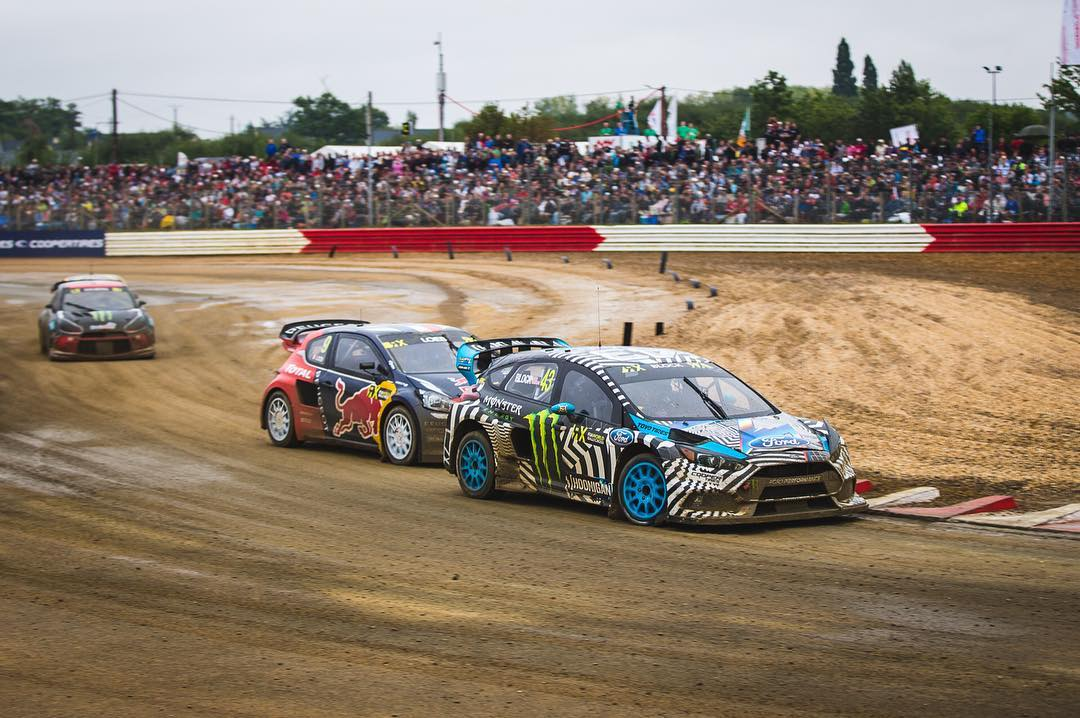 HHIC @kblock43 takes the win in Q3 at #LoheacRX. Both Hoonigan Racing Team Drivers are into the Semis coming up next with @andreasbakkerud in P3 overall. Watch everything LIVE @fiaworldrx #worldrx #focusRSRX
