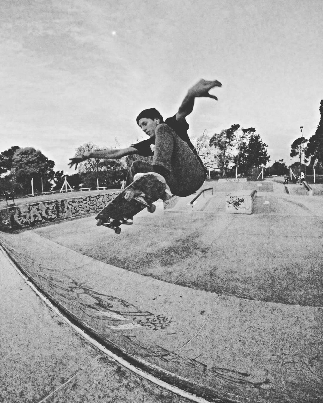Nicolas Hernandez  Esquel - Chubut  #gotcha #iconsneverdie  #pchr #skateboarding
