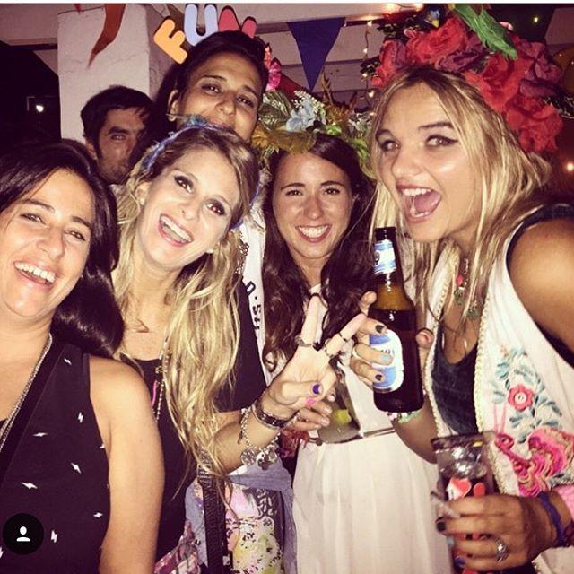 En las fiestas más divertidas, siempre el super #cotillon de mas bolis