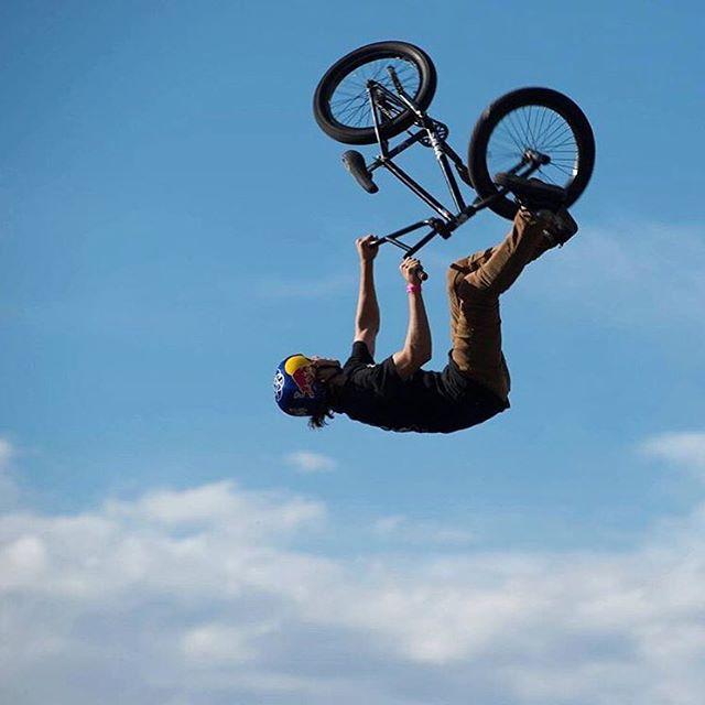 Confirmado: @ikibmx aprendió a volar.