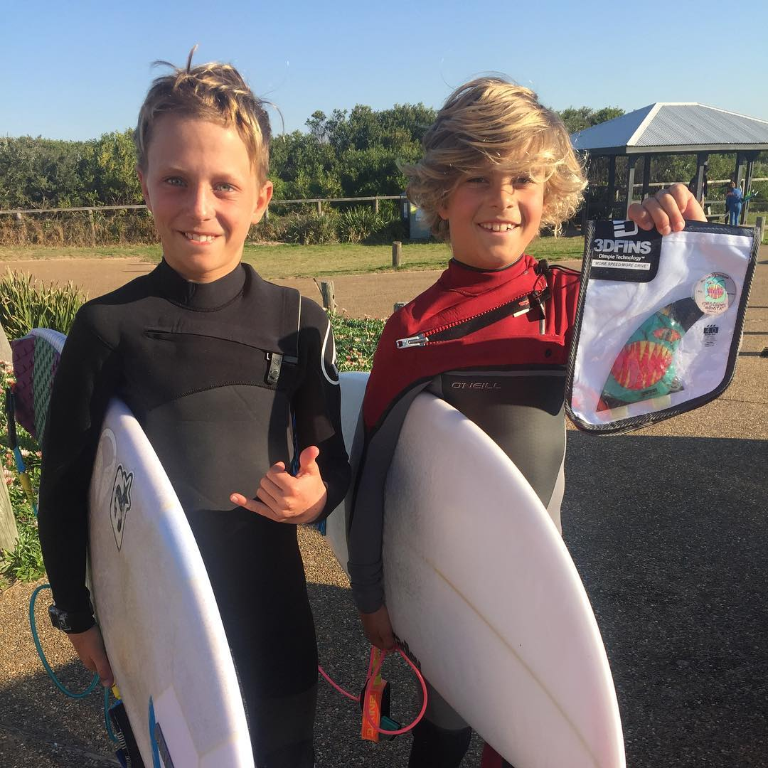Stoked to see Kobi Clements and the @Coastalwatch winner of a set of his signature 3DFINS going for a surf. Thanks Coastalwatch and thanks to all the groms that entered. #morespeedmoredrive #dimpletechnology #surfing #3dfins #coastalwatch