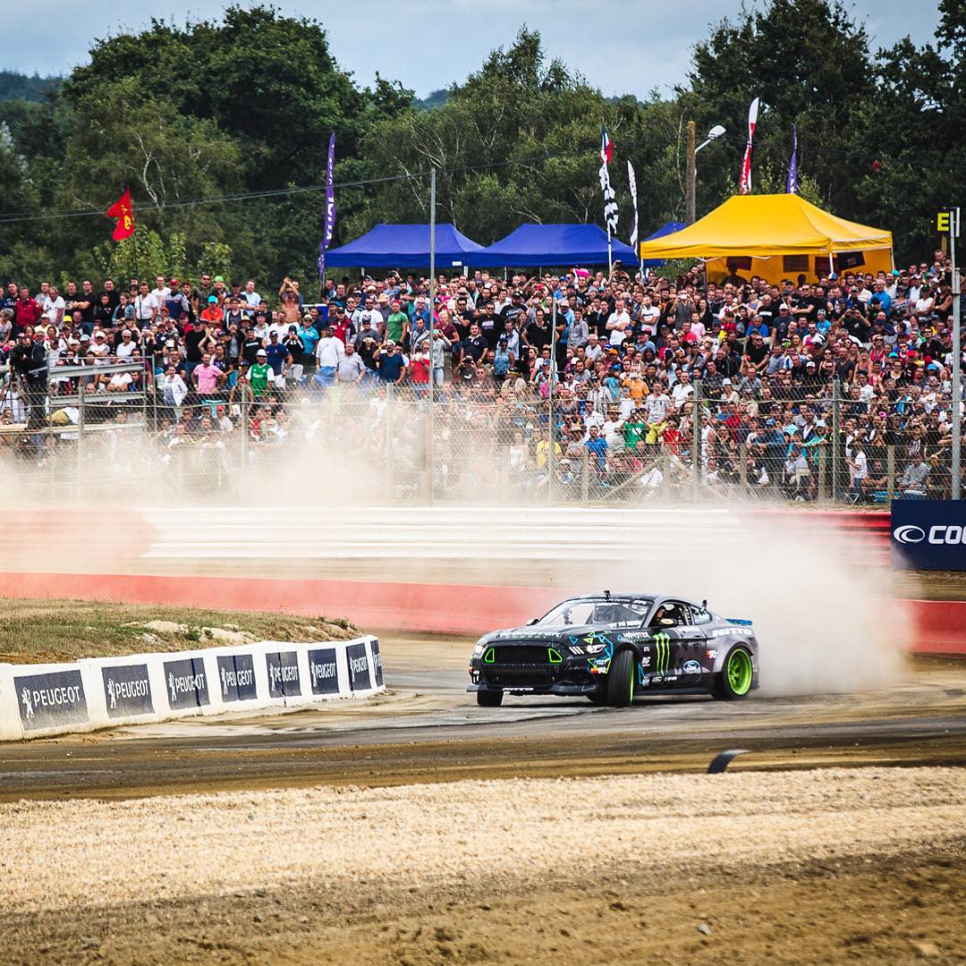 It was good to see my buddy/fellow @MonsterEnergy athlete @VaughnGittinJr slaying tires between rounds of racing out here at #LoheacRX this past weekend. His wild-sounding supercharged V8 Mustang made me wish I had my Hoonicorn out here! It was rad to...