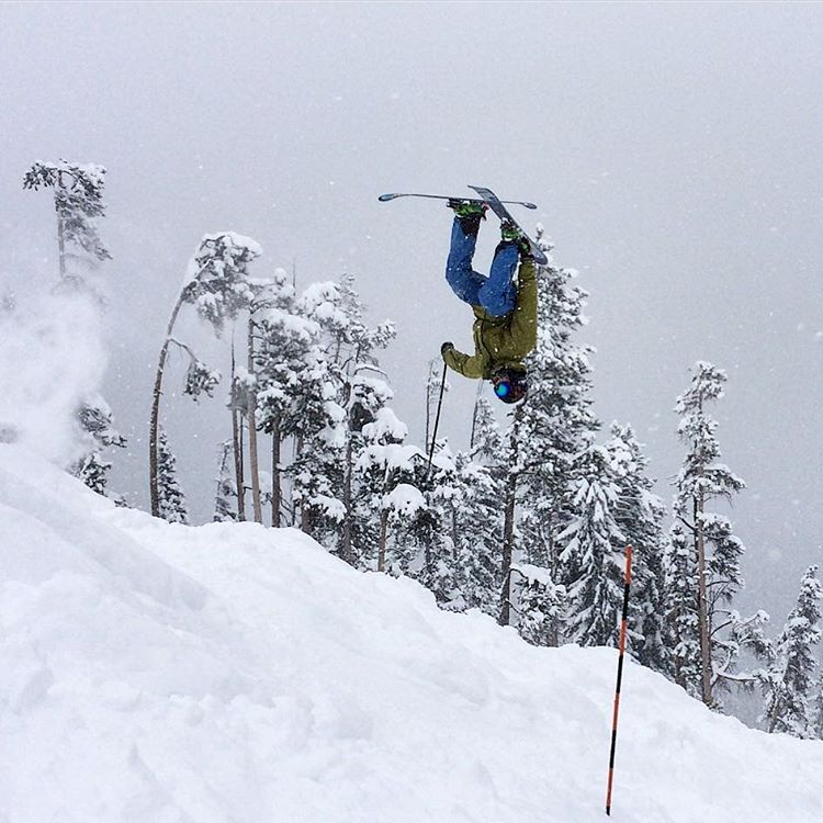 #fallisintheair and all we can think about is doing this. @mccabeski doing some #stunts @winterparkresort