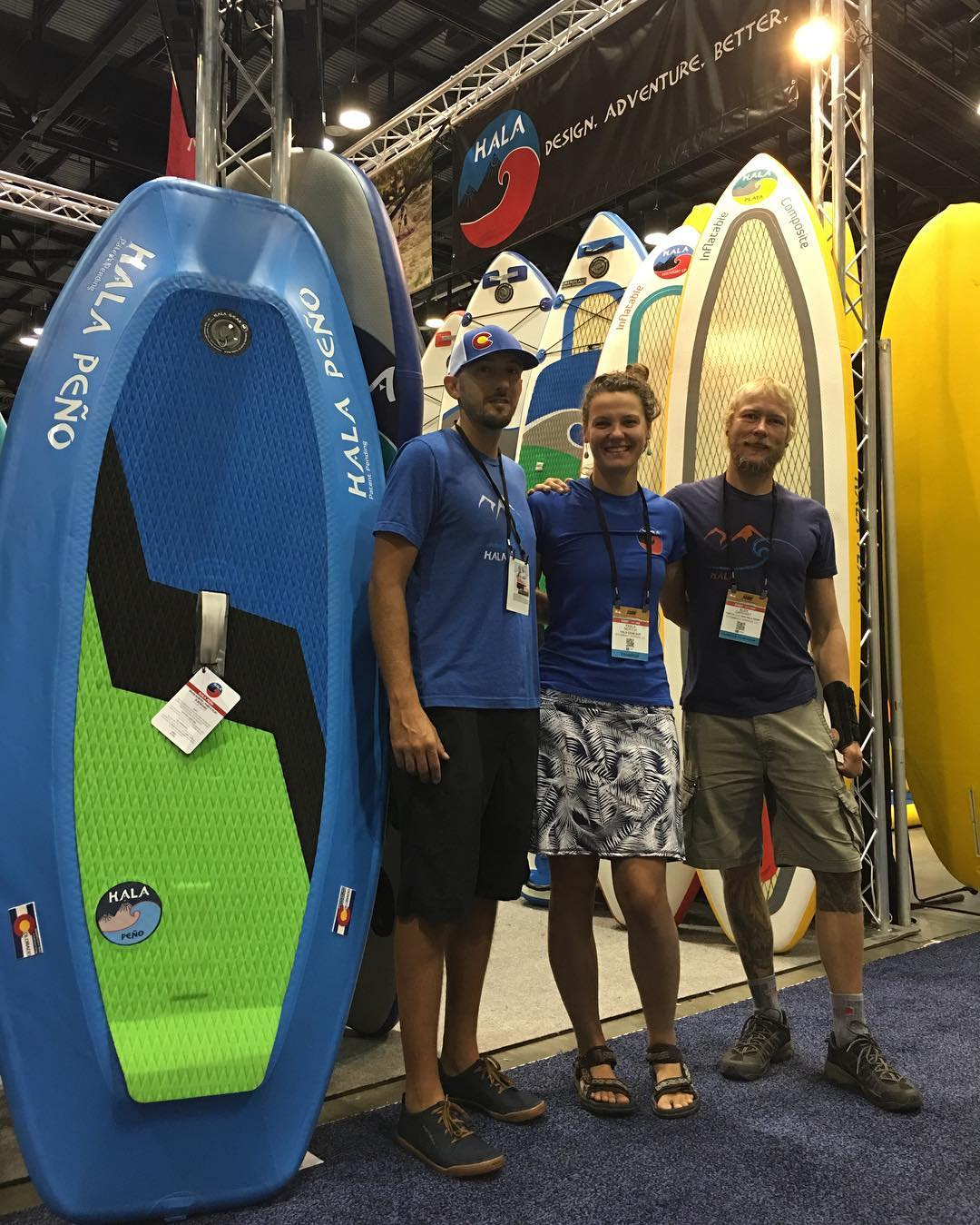 Come visit the #halagear booth at @surfexpo! Check out all the new boards coming out for 2017! Booth #1048  #adventuredesigned #paddlewithfriends #isup #inflatable #standuppaddle #paddleboarding #suplifestyle #adventurers #sup #yogadesigned...