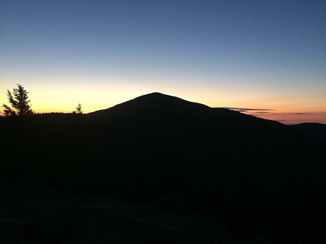 """I woke up at 0350 and packed my tent headed for Barren Mtn. My 32 miles today would cover all the major peaks and roughly 9100ft of elevation gain. I was on trail at 0415 and at the ledges by 0515. I brewed up my #alpinestartfoods coffee and watched..."