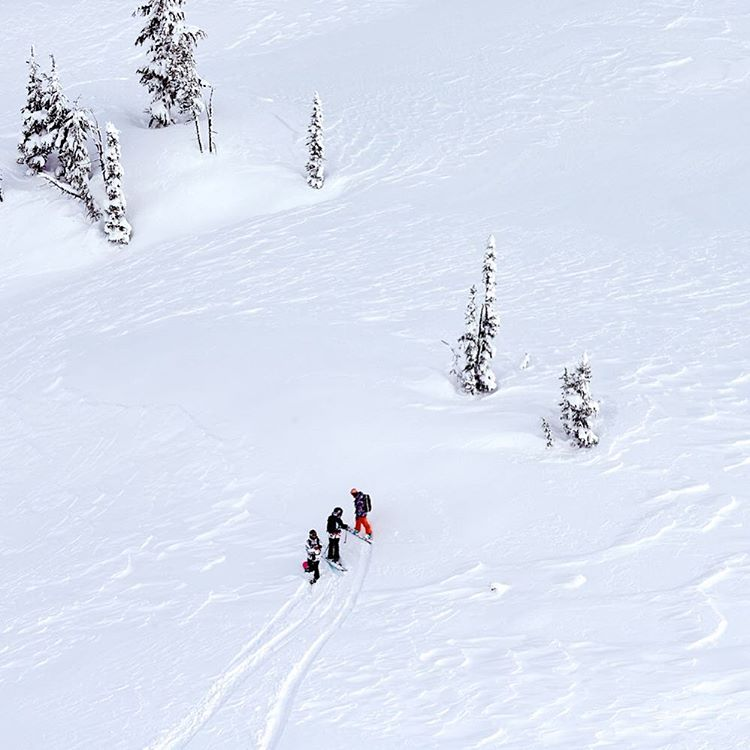 Just for a second, imagine yourself right here #ROXYsnow