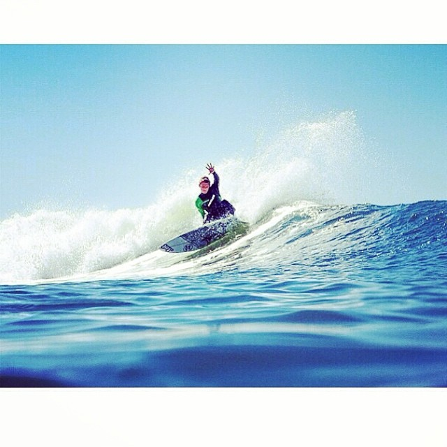 ~ @carloscarp shredding down south. Photo: @andrewshuttsphoto ~ #HotlineWetsuits #SantaCruz #Killingit #TeamRider