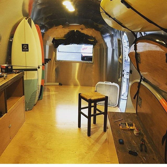 If you're in the #Wrightsvillebeach , NC area, go check out @ianbalding_custom_boards and his sick new mobile shop in the air stream shown above! He'll have tons of sexy sleds and ulu LAGOON for all of your needs.  Ian is a true gentleman, and a...