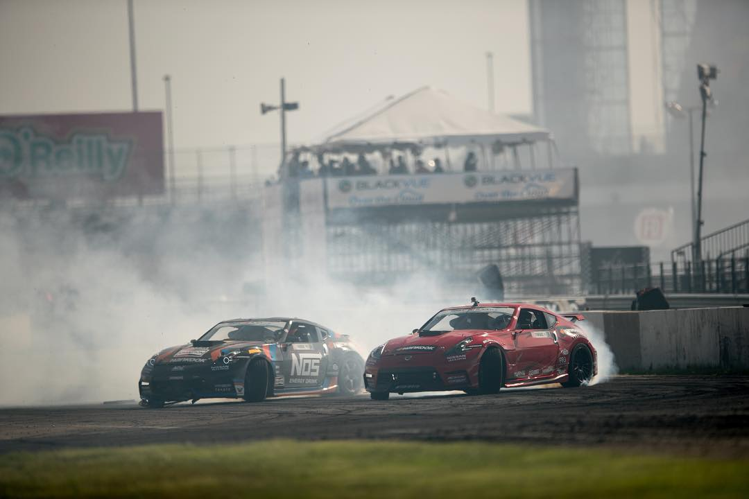 @formulad TX fire with @geoffstoneback and @chrisforsberg64 in chase! #fdtx #370z #formulaD #drift