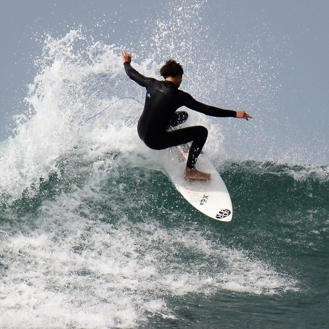 Teamrider, Jack Hopkins killing it. #bbr #bbrsurf #bbrsurfwear #buccaneerboardriders #teamrider #jackhopkins