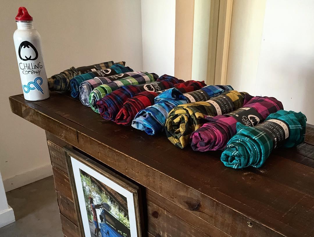 Nuevos modelos de pants en los locales.  Palermo, Araoz 2564.  San Isidro, Av Segundo Fernandez 91.  Muy pronto en la web.