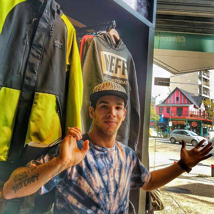 @SandroMoral en el Store de Olivos! #NeffArgentina #ForeverFun #Youreoneofusnow