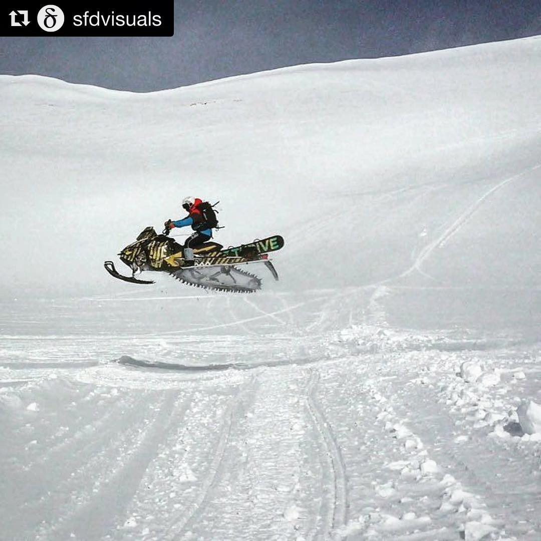 Summer is not over, but we are ready for winter! #Repost @sfdvisuals #chargeharder #thrivesnowboards #skidoo #winter #thriveharder