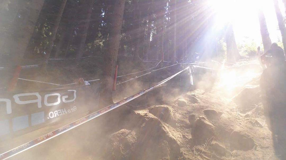 Steep, rocky, dust, dust, dust!!! #valdisole #mtbworldchamps2016 #sixsixone #661protection #protectfun