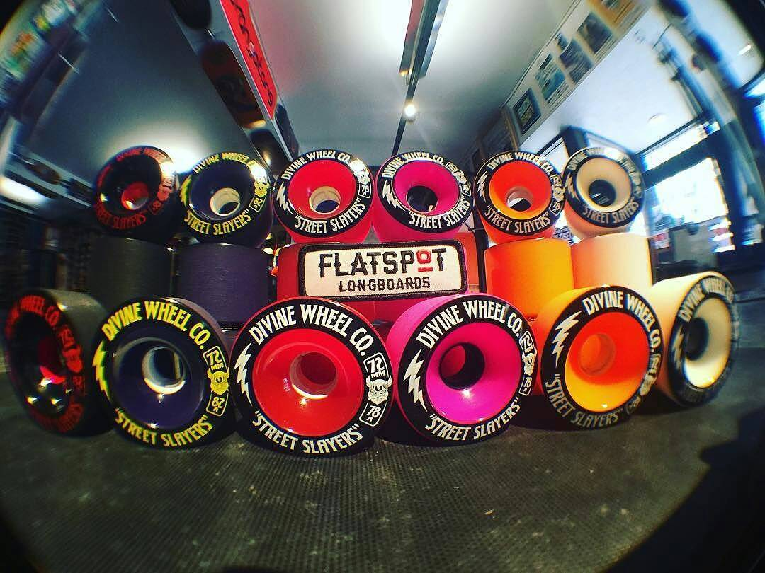 @flatspotshop knows what's up.  #divinewheels ・・・ Want a fun freeride wheel AND want to keep the color match on your setup strong? Look no further than @divinewheelco's Street Slayers....COLORS ON COLORS ON COLORS!!!! #divinewheels #divinewheelco...