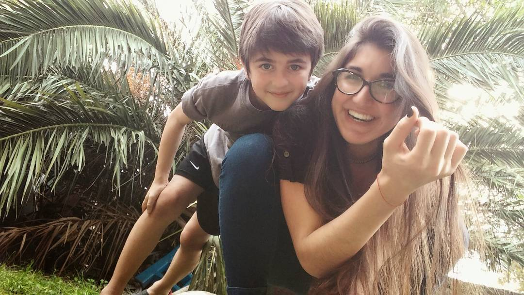 """""""Me gusta pasar tiempo de calidad con mi hermana""""  #mepuede #amarlo #lovehim #hermanos #fratello #happy #smile #sunday #sunnysunday #hastamiraelpartidoconmigoMilagro"""