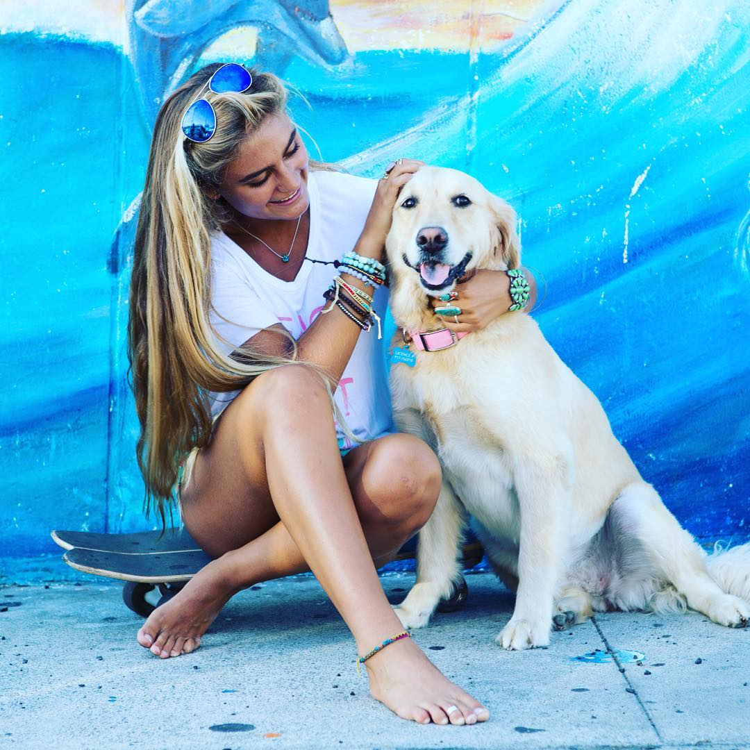 Sunday Snuggles! #welovedogs #beachdog #sundayfunday #snuggles #luvsurf