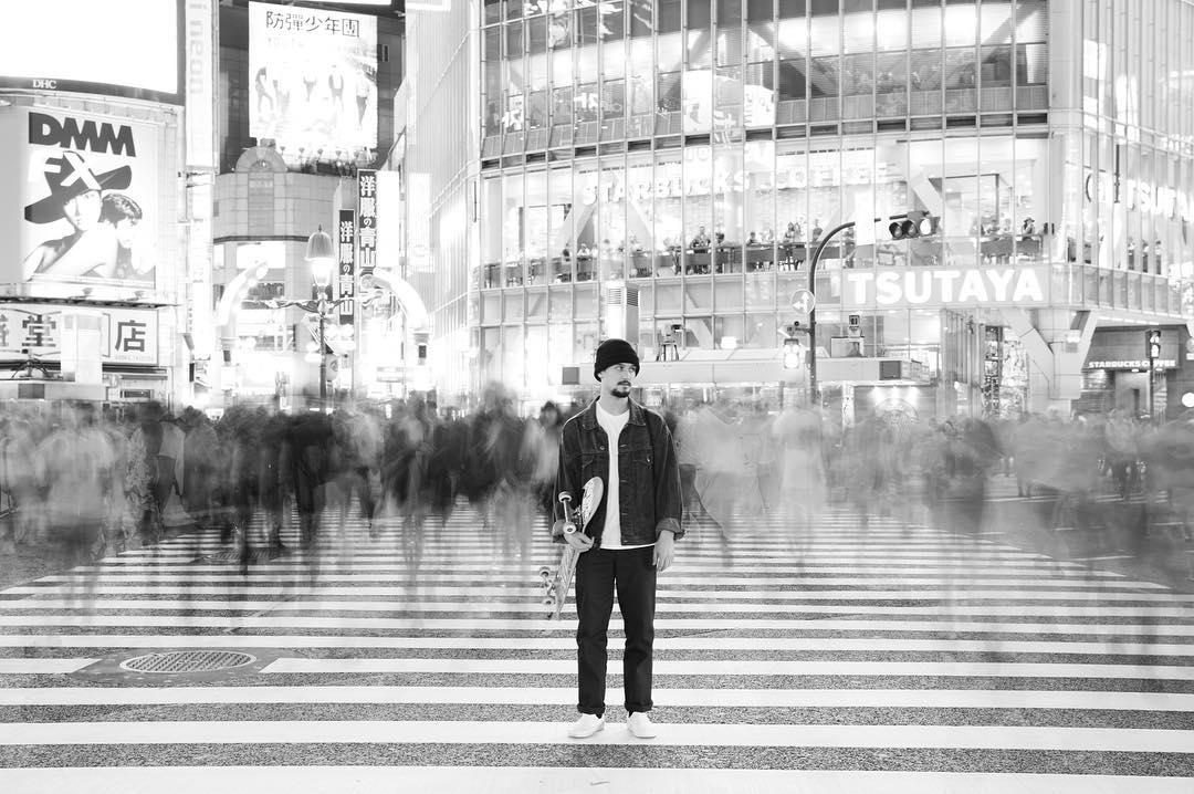 @renatodonadei llegó a Japón, donde va a estar dos meses andando en skate por distintas ciudades. Estén atentos al contenido que se viene. #SoloTour @vansskate