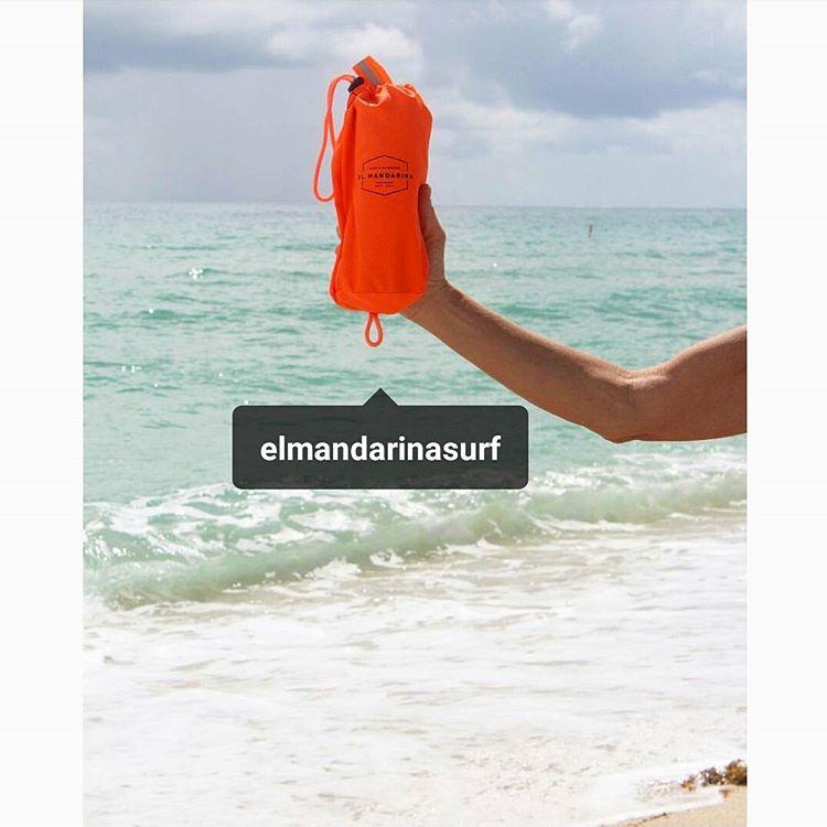 SMART TOWEL, ideal para viajar,  no ocupa lugar y seca muy rápido!!! Comprá la tuya en www.elmandarina.com.ar