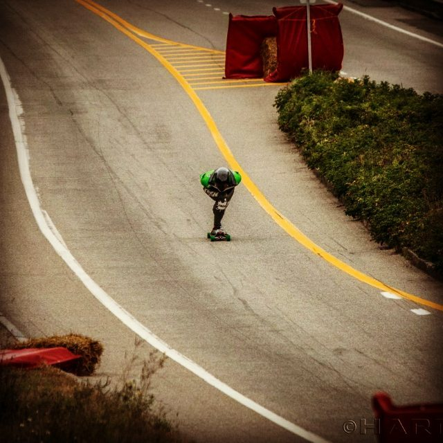 Place : Quebec Race Attempt : top speed world record Guto hitting: 137,02kmph @cacpaixao @uzicoprecision @kysygni #kysygni #kysygniteam #uzicobearing #uzicopresicion #uzicogriptape #uzicogloves #blackmamba #madeinusa#topspeedworldrecord