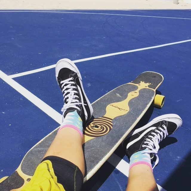 #LoadedAmbassador  @sarahrassie lounges around with her Bae in the moring.  #LoadedBoards #Bhangra #LoadedBhangra #Orangatang #Yellow #Morongas