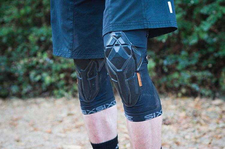 Our ultimate #ReconKnee lightweight trail protection gets the nod from @pinkbike . Check out the full review on www.pinkbike.com #SixSixOne #661Protection #ProtectFun #MTB #Protection  Photo - #Pinkbike