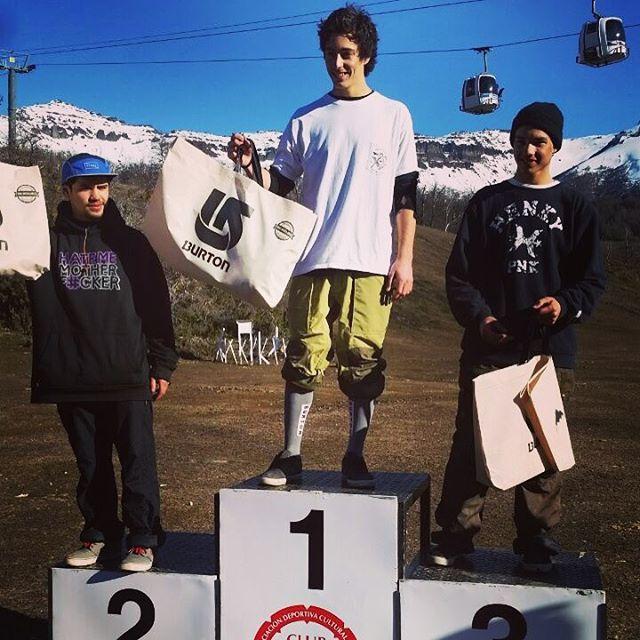 Felicitamos a Pedro Bidegain por su primer puesto en el LACAR FREESTYLE CUP de San Martín de los Andes en Cerro Chapelco. @pedrobidegain #mejorBurton @burtonargentina