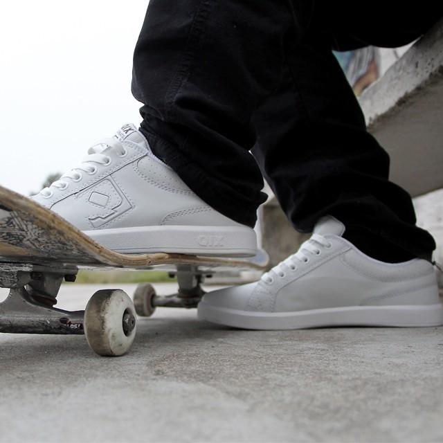 Pronto pra sessão? Tênis Combat - LOJAQIX.COM.BR #qix #qixskate #skate