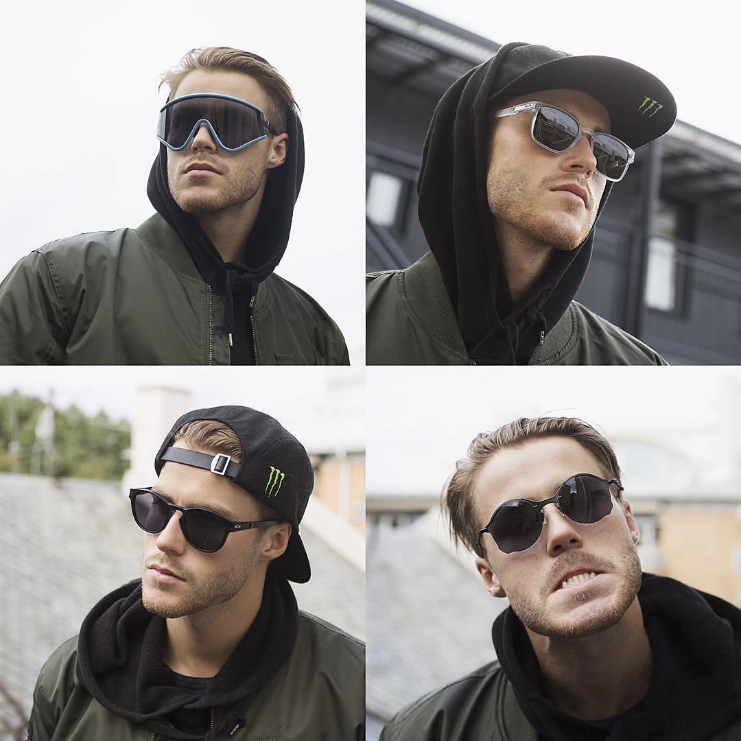 Who wore it better? ・・・ Regram @stalesandbech: What's your favourite @oakley sunglasses?? Here are some of mine