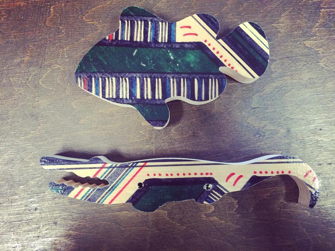 Vamos x MAS! . . . . . #juguetes #madera #niñoz #animales #africa #cocodrilo #pez #toys #wood #handmade #lenga #kids #play