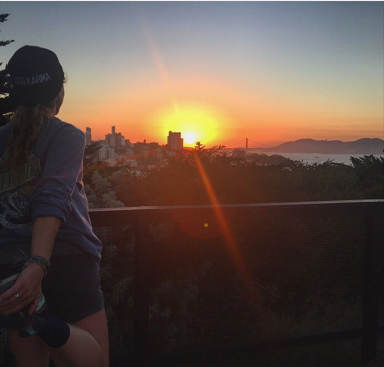 Finally home long enough to enjoy a sunset run with a view #sanfranciscio #sunset #sunsetchaser